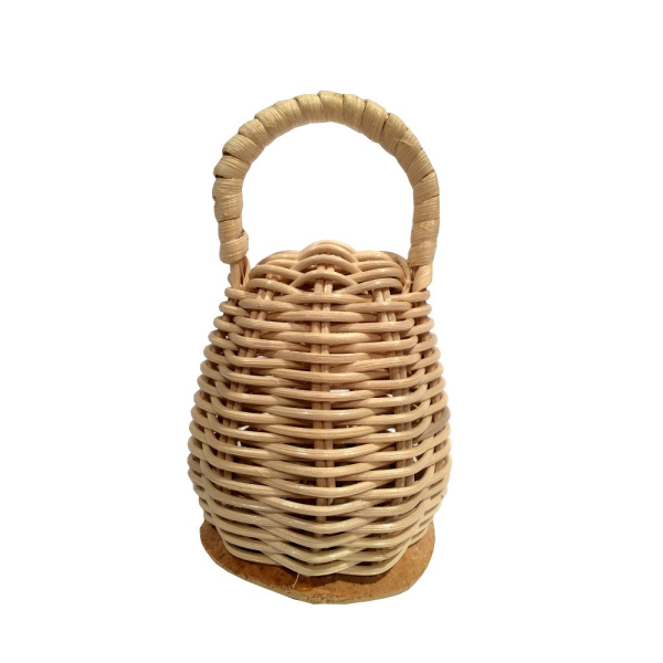 Caxixi shaker for berimbau